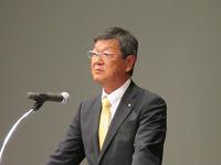 総会柄川新理事長2
